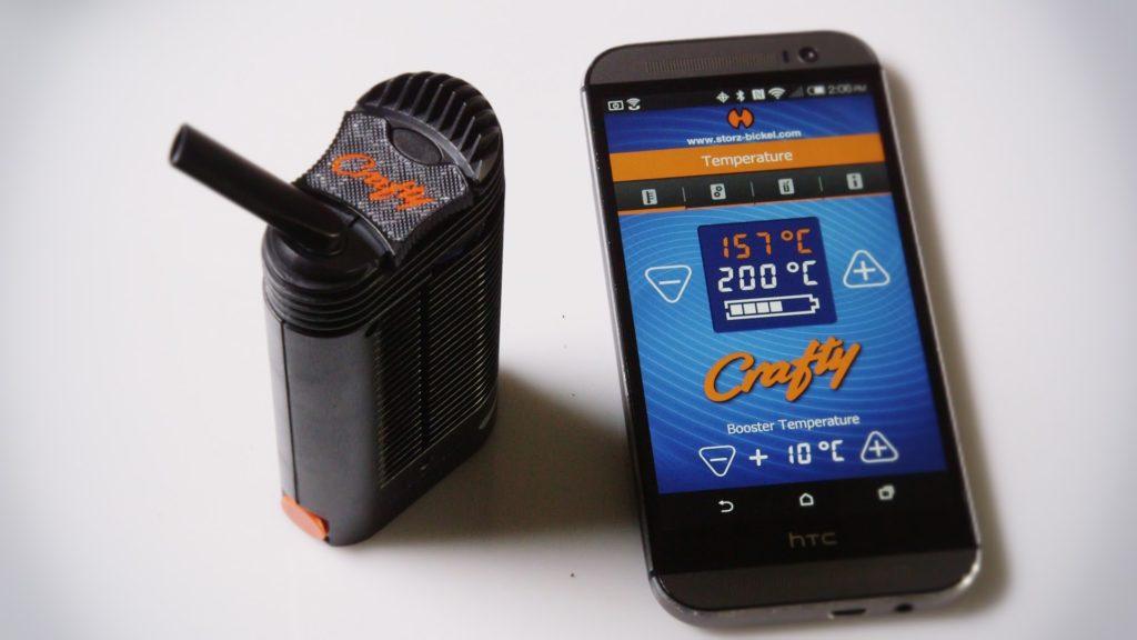 Craftyn lämpötilaa voidaan säätää älypuhelimen avulla.